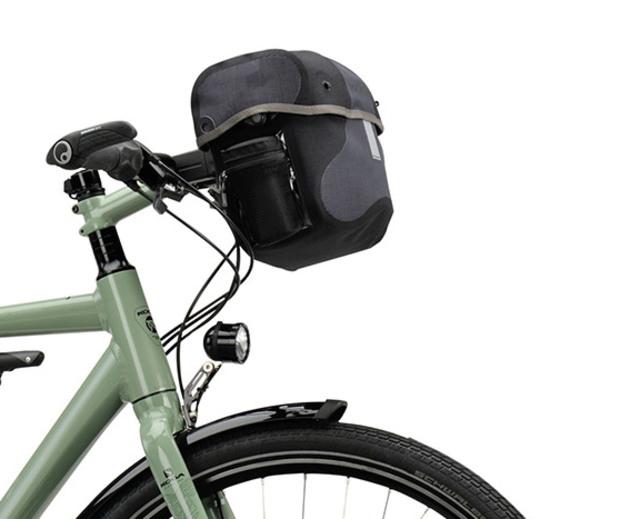 hoogwaardige reisfiets met tassenset