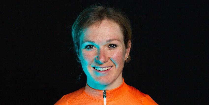 Amy Pieters is een Nederlandse baanwielrenster en rijdt op haar KOGA baanfiets. Haar specialiteit is de madison. Lees meer op KOGA.com!
