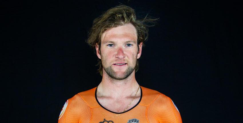 Roy Pieters is een Nederlandse baanwielrenner en rijdt op zijn KOGA baanfiets. Zijn specialiteiten zijn de omnium, puntenkoers, scratch, madison en de (ploeg)achtervolging. Lees meer op KOGA.com!